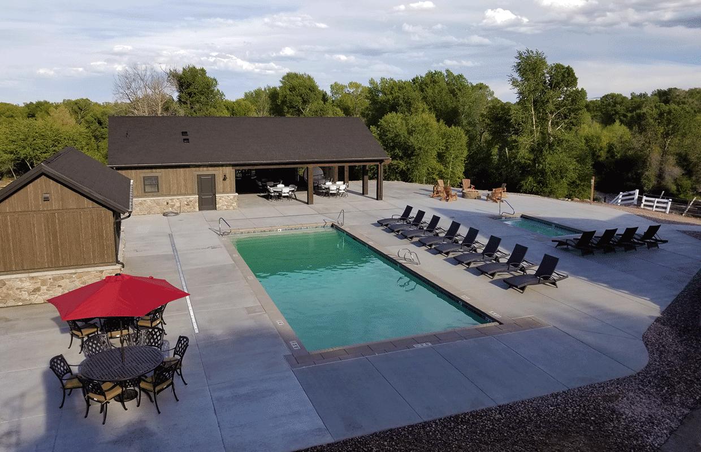 Blacks Fork River Lodge Pool